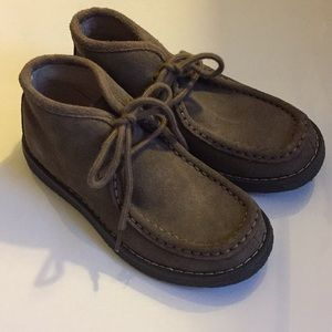 Boys Wallaby shoes